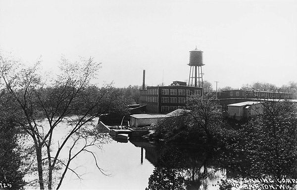 The former Paramount Records pressing plant, in a photograph likely taken in the mid-1930s