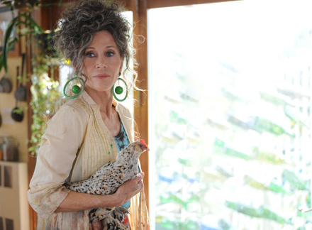 Jane Fonda, who only recently got to know her socialite mother's life, plays a hippie mom in Peace, Love and Misunderstanding
