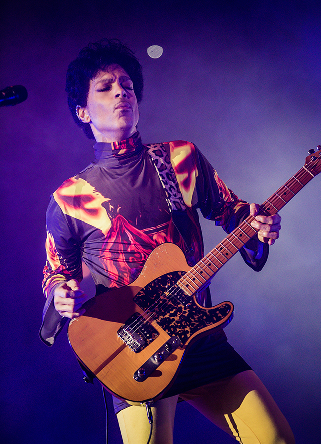 Prince performing at the United Center on September 25, 2012