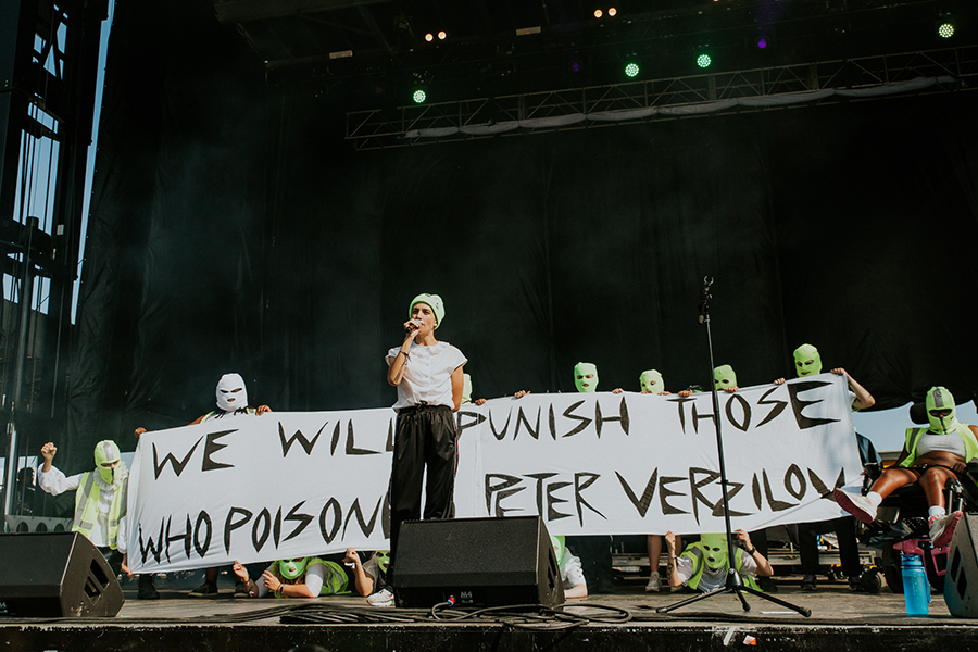 Pussy Riot member Peter (Pyotr) Verzilov was hospitalized in Moscow on September 11 after a suspected poisoning.