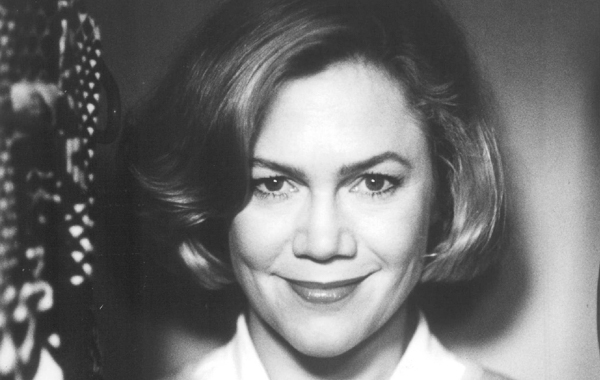 Kathleen Turner plays a murderous matriarch in John Waters's <i>Serial Mom</i>.