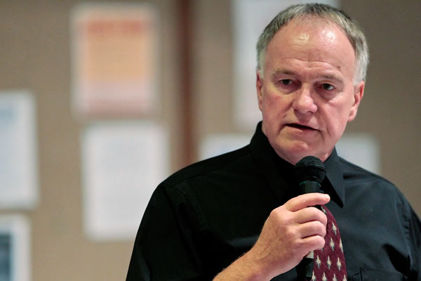 Randy Steidl, who was released from prison after 17 years, speaks at the Church of the Holy Spirit in Schaumburg in 2010.