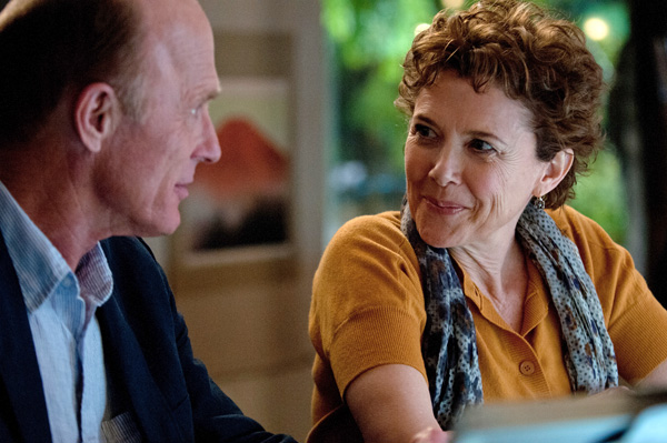 Ed Harris and Annette Bening in The Face of Love