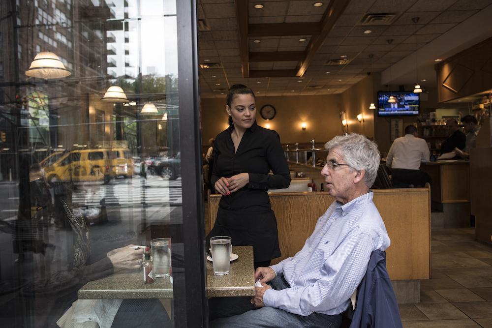 Jeanette Bruhn, waitress