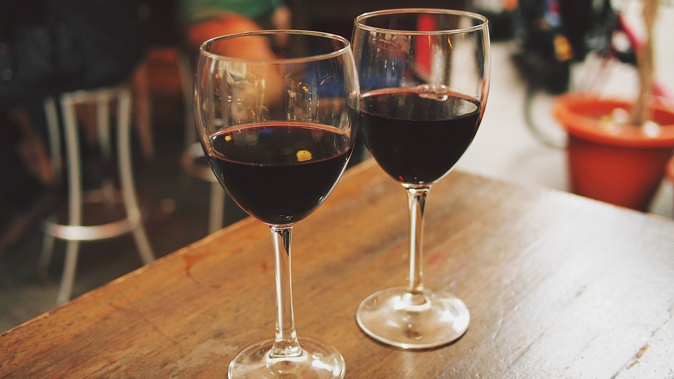 Everywhere in Roscoe Village is a wine bar during the Roscoe Village Wine Stroll on Thu 6/2.