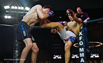 Kyle Perkins vs Kuba Egemberdiev (Photo: Rudolph Comeaux Photography)
