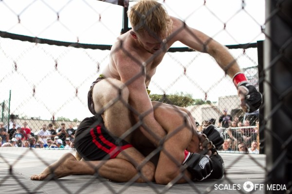 Derek Cooper defeats Edgar Lira at XFO Outdoor War 14