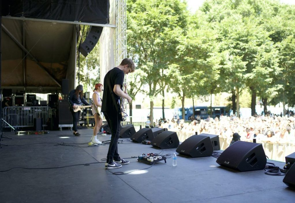 Chicago-area alt-pop band Beach Bunny drew a large crowd to its Thursday afternoon Lollapalooza performance.
