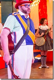 """The Hypocrites Theatre's """"The Mikado"""" by Gilbert and Sullivan, directed by Sean Graney. (photo credit: Matthew Gregory Hollis)"""