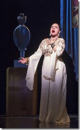 Patti LuPone sings Forever Beautiful in War Paint, Goodman Theatre