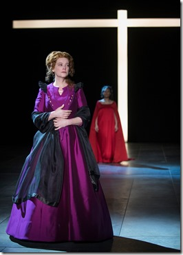 Kellie Overbey and K.K. Moggie star as Queen Elizabeth I and Mary Stuart in Schiller's Mary Stuart