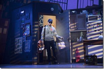 0 Santino Fontana stars as Michael Dorsey in Tootsie, Broadway in Chicago