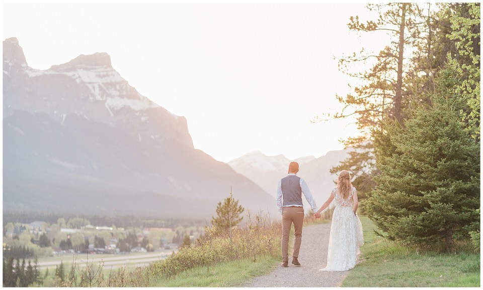 Creekside Villa Canmore Wedding