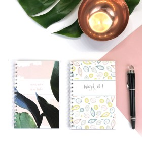 carnet chic and pepper