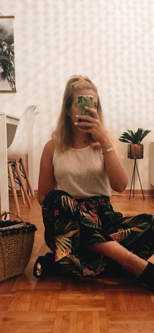 chicandswiss tropical pants zara