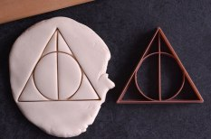 harry-potter-themed-cookie-cutters-2