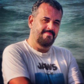 Autor, guionista y director de CHICAS DEL MONTÓN