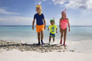 Kids posing with snorkel gear for Duukies Beachsocks