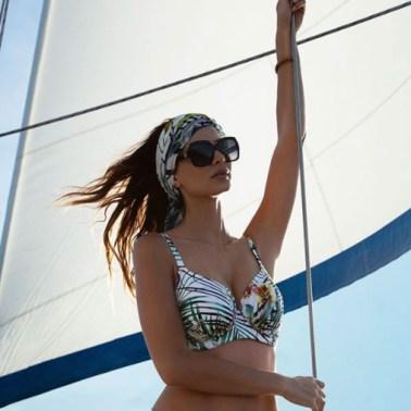 Swimwear shoot sailing yacht Curacao Fantasie Chicas Productions Curacao