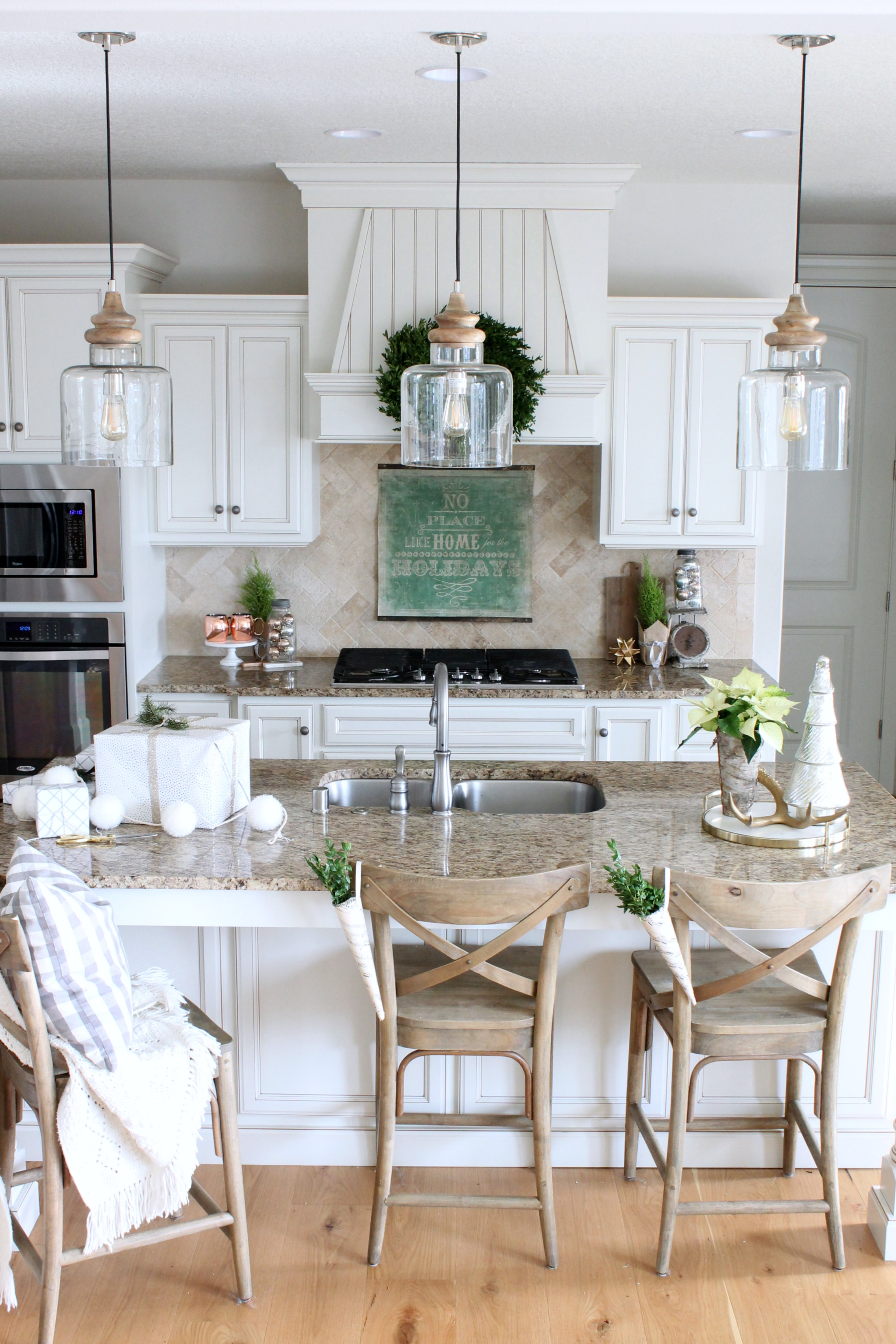 Modern Farmhouse Kitchen Island Pendants