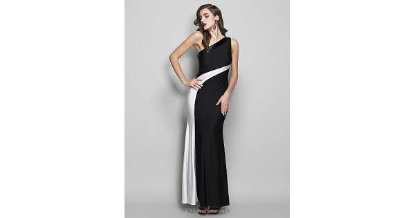 Formal Evening / Prom / Military Ball Dress