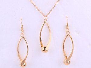 Hallow Jewellery Set