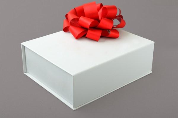 Chic Fashion Gift Wrap