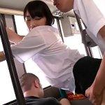 バスに乗ってた由愛可奈ちゃんのミニスカのムッチリ太モモがエロすぎるからバックハメレイプの刑