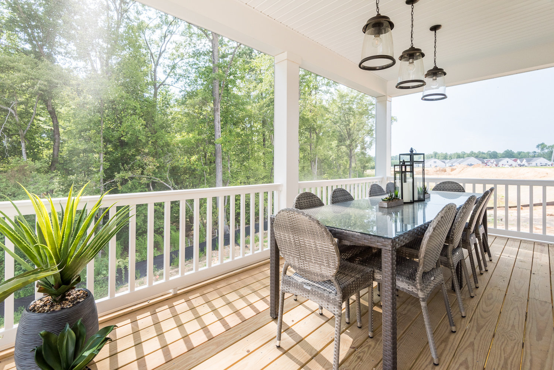 Seamless Indoor-Outdoor Living in a Cornerstone Home ... on Seamless Indoor Outdoor Living id=63639