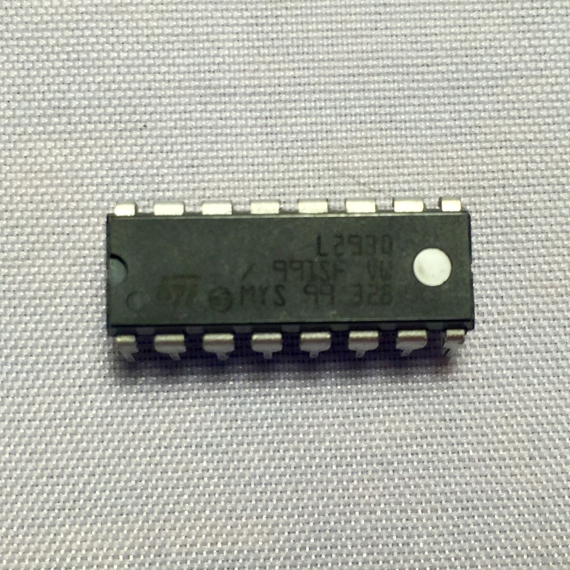 Motor driver chip l293d chickbot motor driver chip l293d sciox Gallery