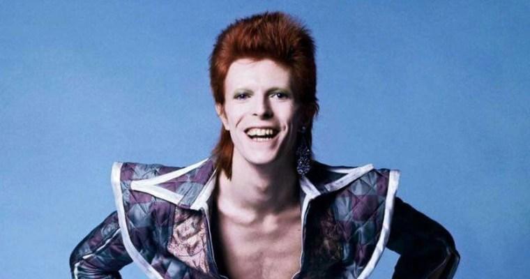 Vans homenajea a David Bowie con una colección 'espacial'