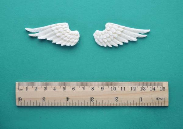 Small Wings Pair Mouldings