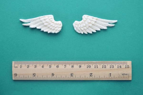 Small Wings Pair Mouldings