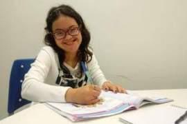 Jovem com síndrome de Down é aprovada na Universidade Estadual do Ceará