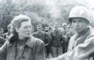 Margarida Mirschmann sendo presa pela Gloriosa Polícia do Exército