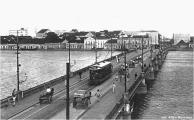 Ponte Maurício de Nassau. Ponte construída no período holandês, era considerada o Portão do Recife.