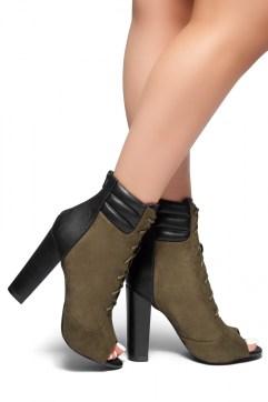 Chunk heels