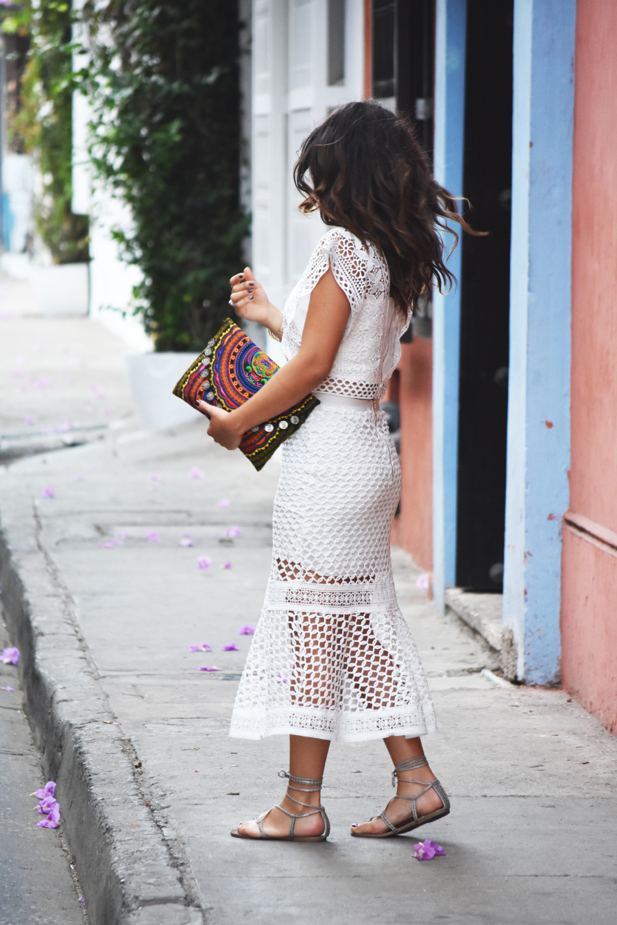 Total white look- chicwish