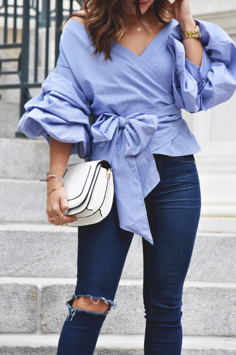 Storets top with volume on the sleeves