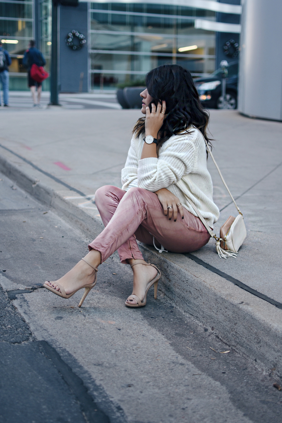 Carolina Hellal of Chic Talk wearing a Chicwish lace up sweater, Steve Madden lace up nude sandals, and H&M crossbody nude bag.