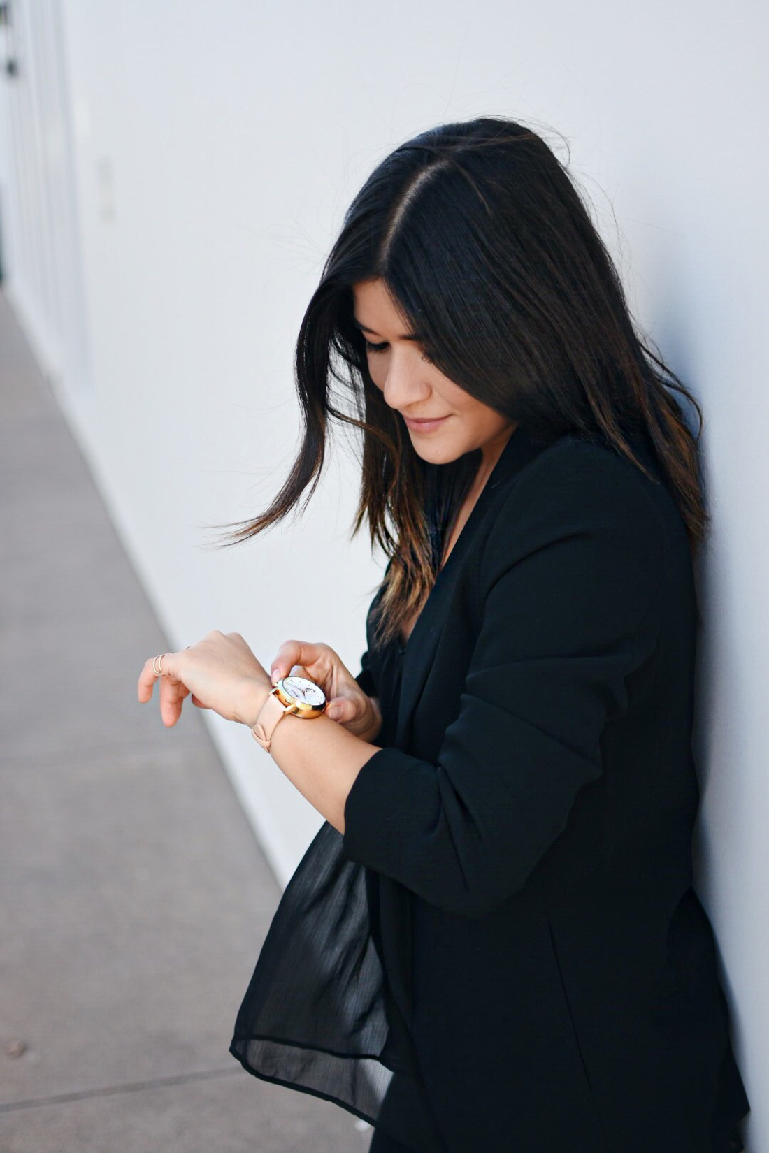 Carolina Hellal of Chic Talk wearing a Kate Spade hybrid smartwatch