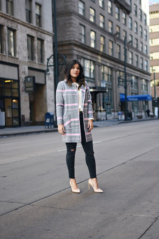 Carolina Hellal of Chic Talk wearing a Chicwish plaid coat, Madewell jeans, Sam Edelman nude pumps and Vince knit sweater
