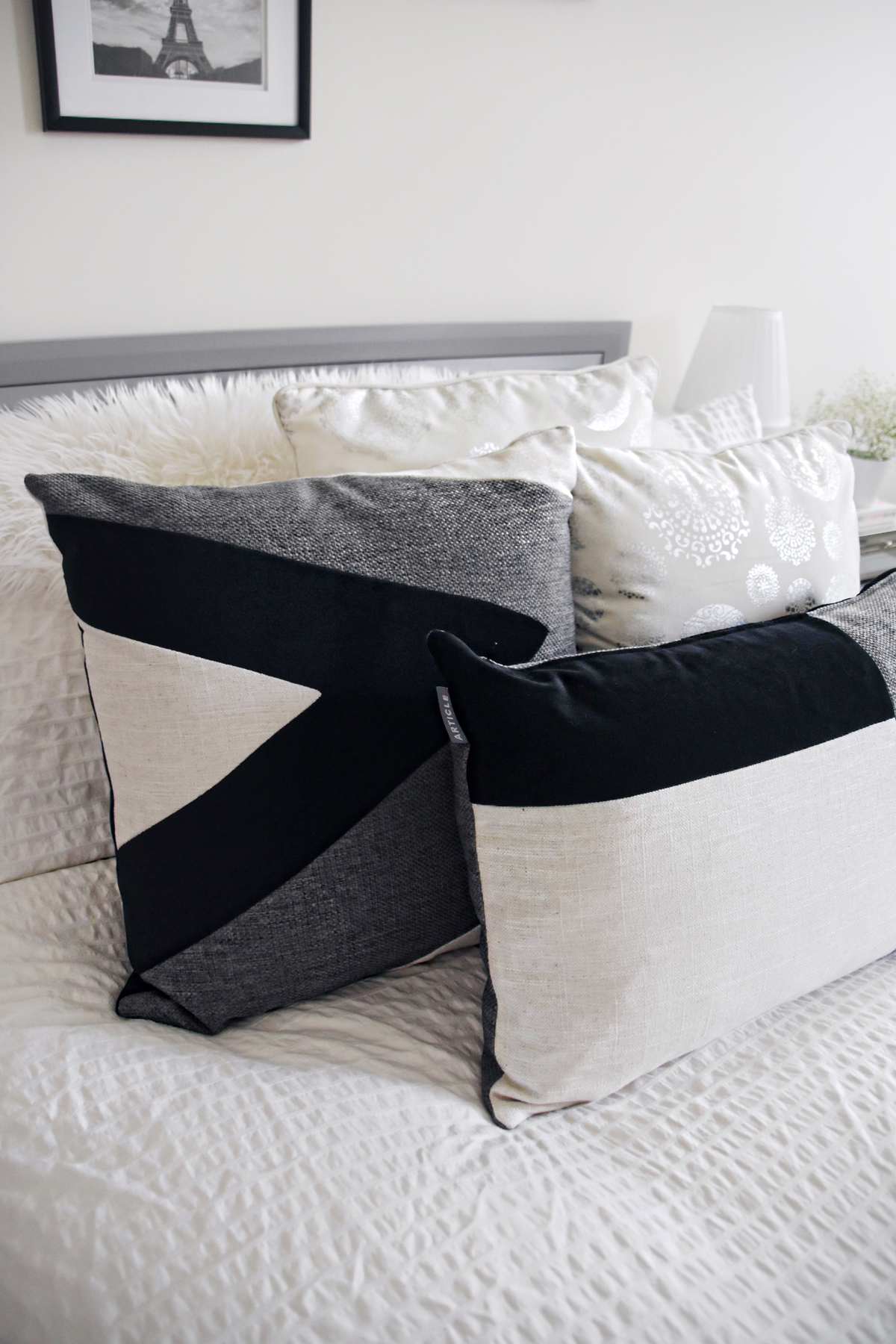 Bed room decoration with Article Velu pillow collection