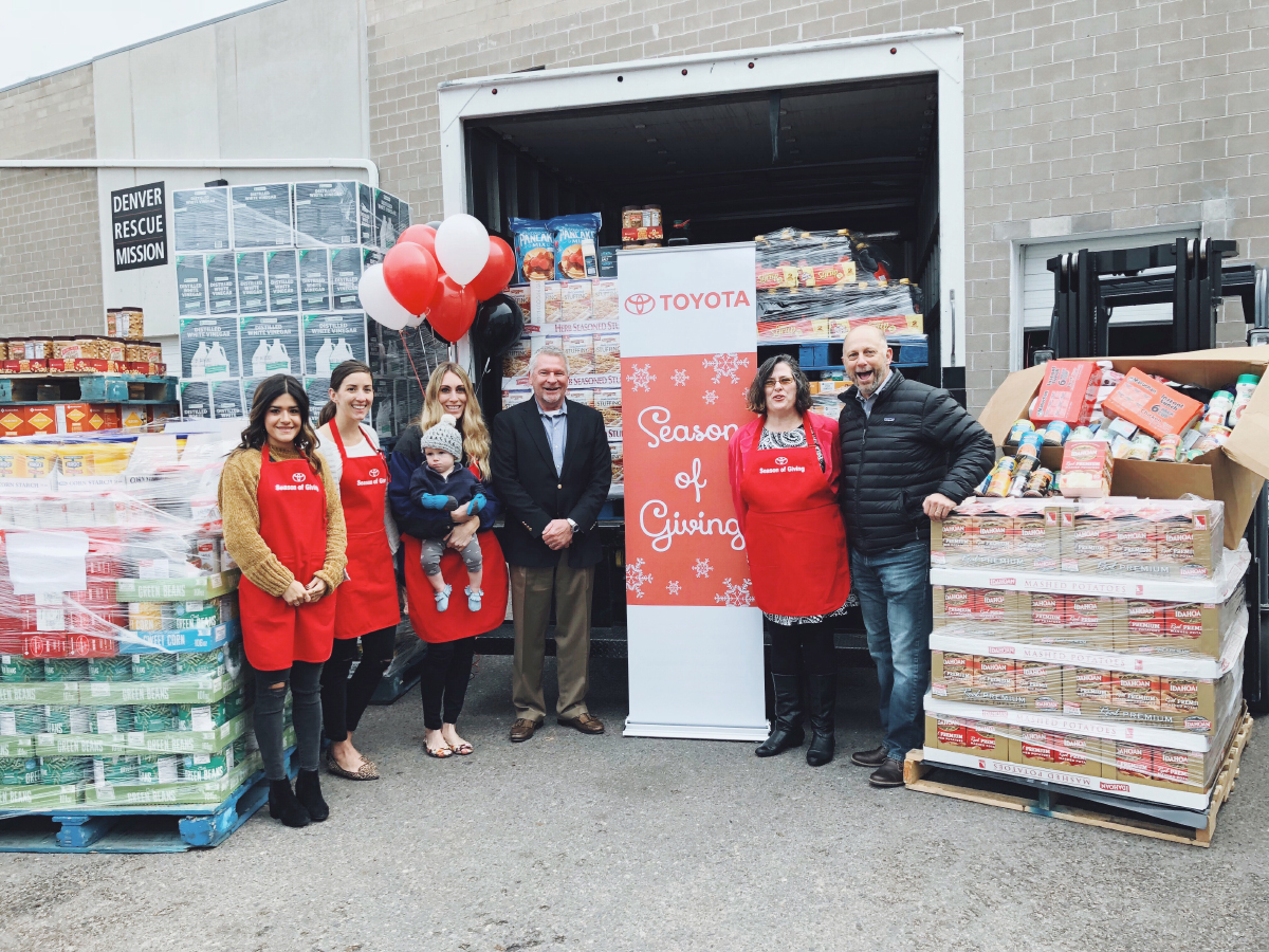 Toyota food drive at the Denver mission Rescue