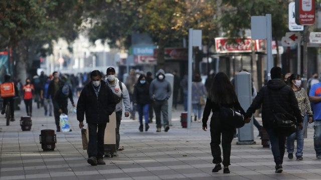 Ad portas de la decisión sobre cuarentena en Santiago: Los hechos y cifras que muestran su escaso impacto