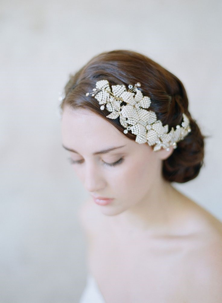 5 perfect hair accessories for a vintage bride comb by twigs honey
