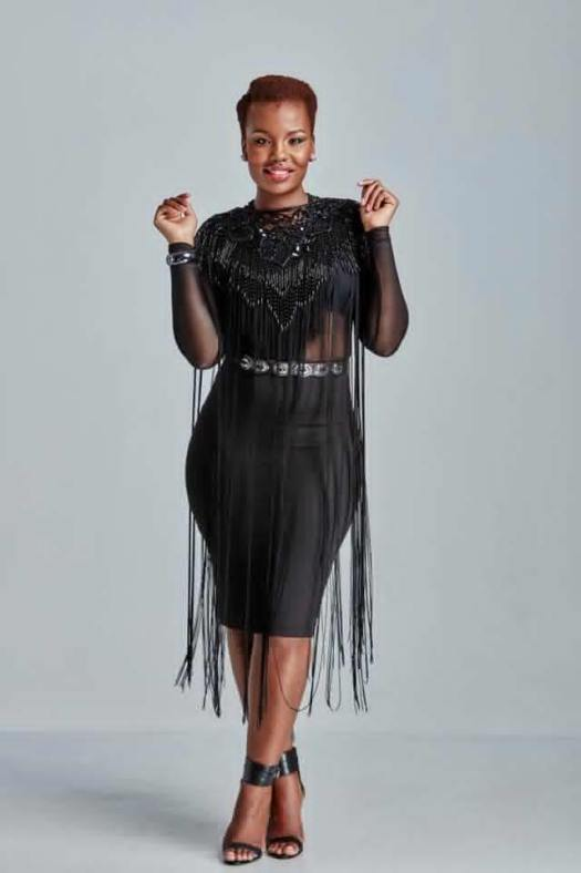 South African Actress Mona known as Nthabi on TV Looking Attractive in Natural Afro Hairstyle and All Black Theme