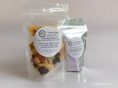 Handmade Cartel On-the-Go Healthy Snacks Ingredients • chidibeauty.com