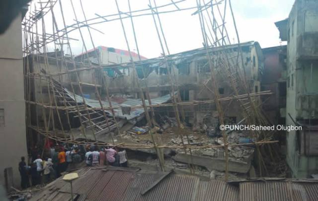 Tragic: Three Storey building collapses in Lagos