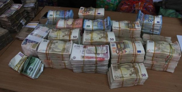 How I Picked One Billion Naria Dumped By Politician